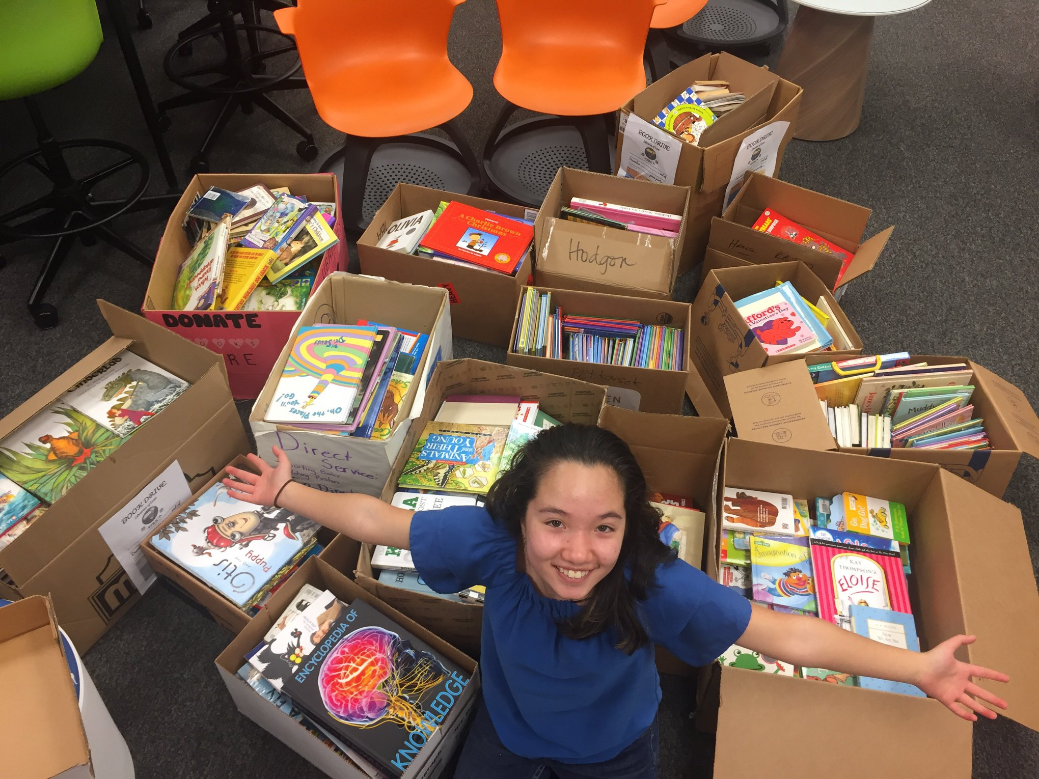Grisham students donate books